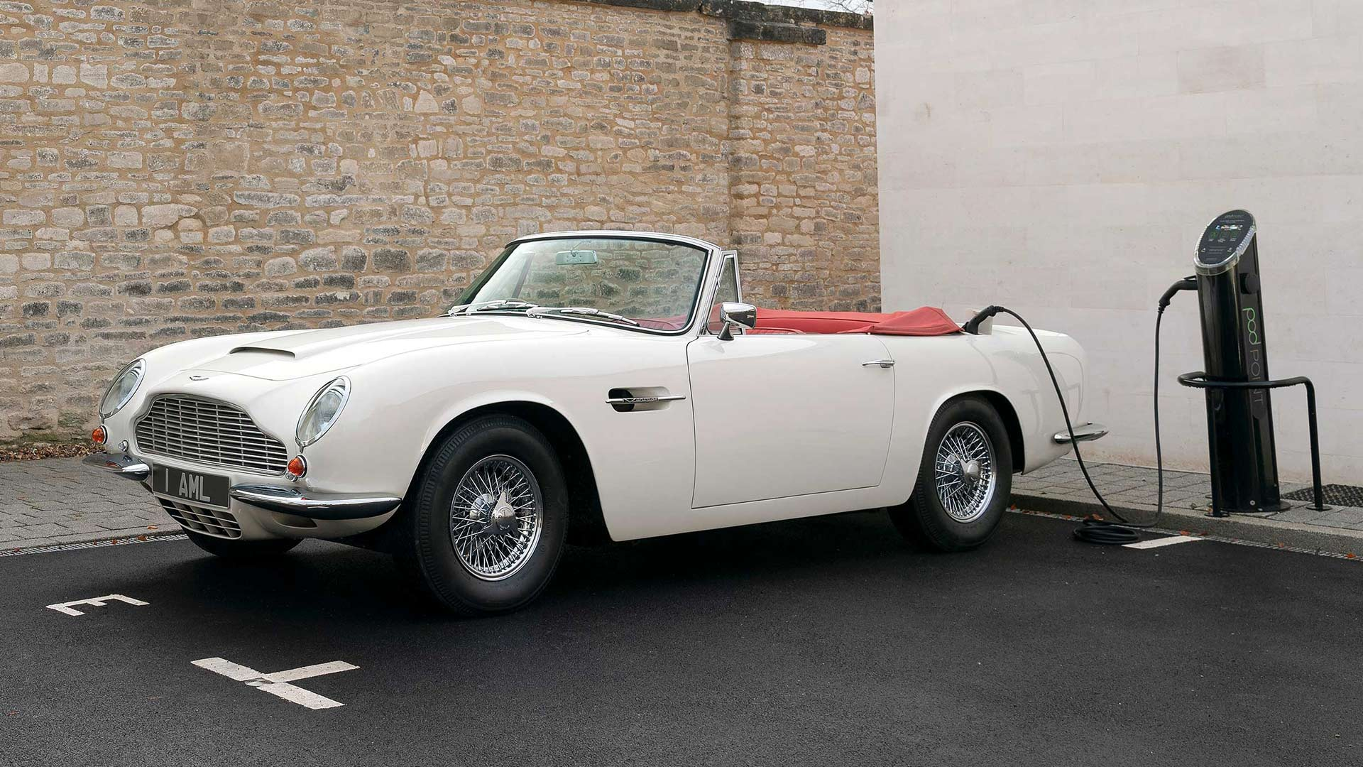 Aston Martin DB6 Electric Vehicle - MAT Foundry